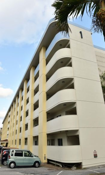 公営住宅、狭き門 10年、入居かなわず - 琉球新報 - 沖縄の新聞 ...
