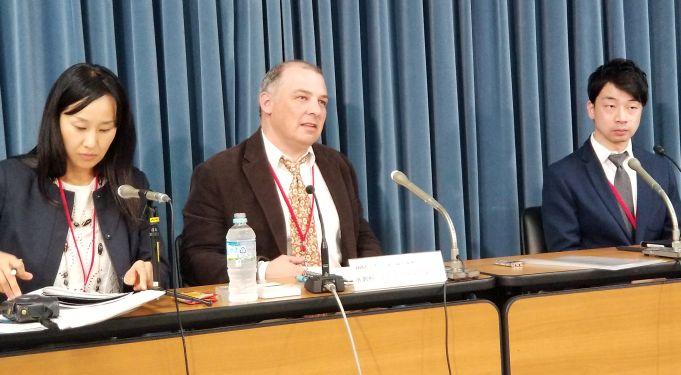 エボラの構造を解明 薬品開発に期待