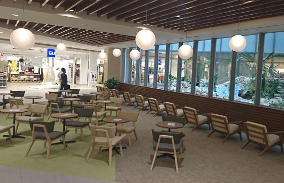 ライカム 県内最大に あす新装開店