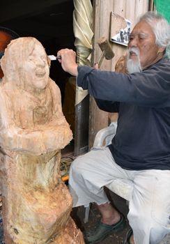 沖縄の彫刻家が元慰安婦像を制作する理由 「表現の自由は憲法で守られ ...