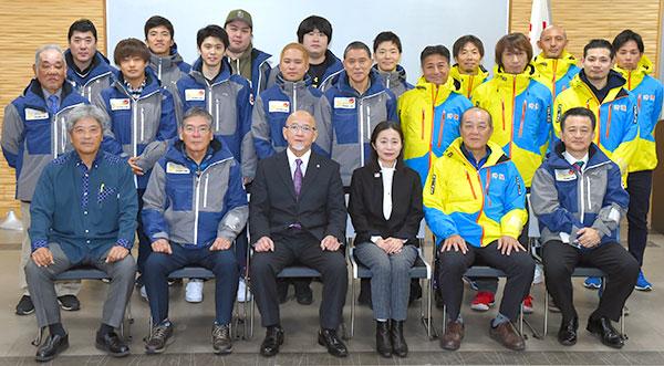 冬季国体、32人挑む 沖縄県選手団結団式