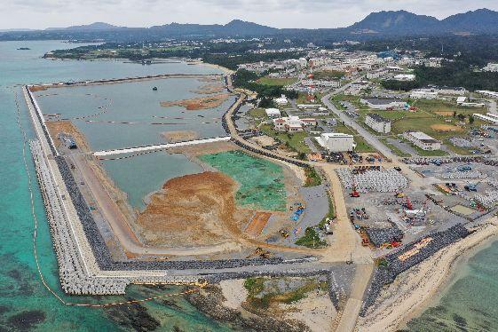 辺野古「全国の問題」7割 県民投票1年県議アンケート