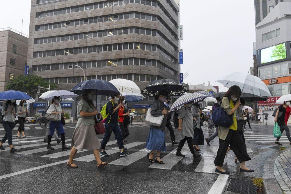 沖縄本島地方、局地的に激しい雨も 22日は一日中雨