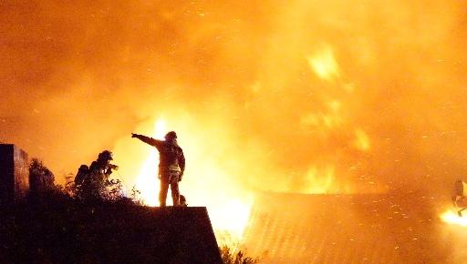 「消火を諦めるのは誰もいなかった」 首里城火災、出動した消防隊員の証言