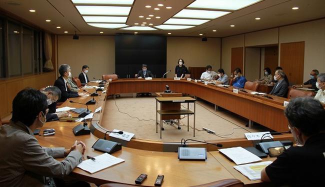 緊急事態宣言も視野に 沖縄県のコロナ専門家会議 GoToは条件付き継続