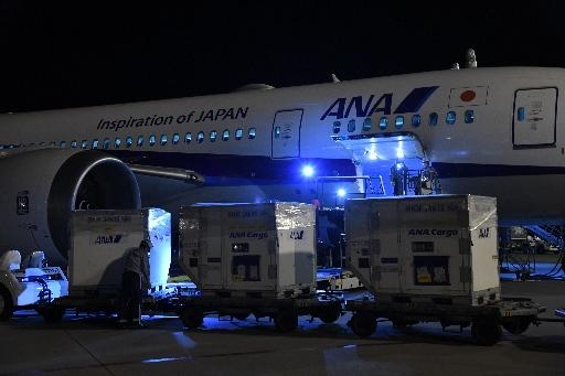 コロナワクチン、沖縄に到着 医療従事者優先接種へ ファイザー製第1便