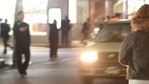 沖縄に堆積する「自己責任」 「裸足で逃げる 沖縄の夜の街の少女たち」著者・上間陽子さん(琉大教授)に聞く〈2〉