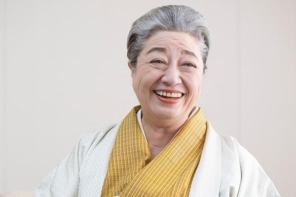 京子 三 林 三林京子の若い頃と現在は?父は人間国宝で結婚しないのは何故?